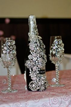 Bride & Groom bling glass & bottle set.. How bout blingin glasses for bachelorette party? But nice ones!!