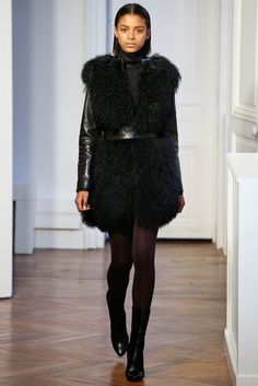 http://www.vogue.com/fashion-shows/fall-2015-ready-to-wear/martin-grant/slideshow/collection