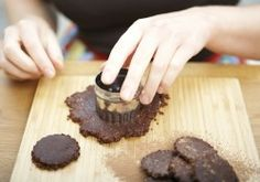 Chocolate fudge cookies - Raw Chi (healthy, gluten free)