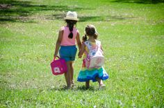Such a cute pic of these two little Stuck on You kids by HeyBubbles, via Flickr #stuckonyoukids Shop the Lunchboxes > www.stuckonyou.biz