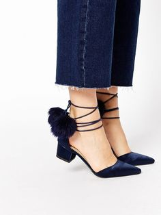 Pointed toe wrap heels with Pom Poms // these shoes have so much personality