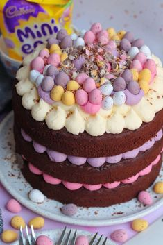 A Three Layer Malt Chocolate Cake with Malt Buttercream Frosting, Malteser Spread, and A Chocolate Drip with oodles of Maltesers! Mini Eggs Cake, Egg Cake, Baking Recipes, Cake Recipes, Dessert Recipes, No Bake Vanilla Cheesecake, Caramac Cheesecake, Janes Patisserie, Patisserie Cake