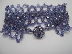 Tute for the bracelet that goes with the toggle. #seed #bead #tutorial
