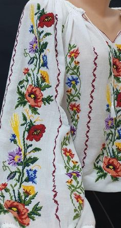 Cross Stitch Embroidery, Cross Stitch Patterns, Simple Cross Stitch, Fabric Painting, Bead Art, Traditional Outfits, Floral Tie, Costumes, Sewing