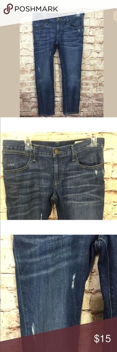 "Gap Jeans Limited Ed. 26 2 Straight Distressed 32"" inseam  Very good condition  A bit worn at bottom of legs  Jeans shelf  Gap Jeans Limited Edition 26 2 Straight Distressed Women's GAP Jeans Straight Leg"