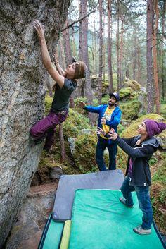 Climbing pictures   chillaz climbing clothes Sport Climbing, Rock Climbing, Climbing Clothes, Mountaineering, Climbers, Trekking, Hiking, Train, Adventure