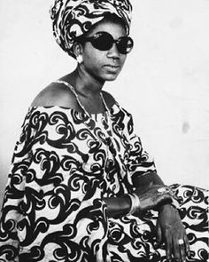 Studio shot of Maimouna Traoré   Bamako, 1974 / © of Malick Sidibé