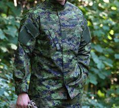Na modernom vojenskom strihu TDU nesmie chýbať ani prakticky našité vrecká, ktoré nám  zabezpečujú veľký úschovný priestor. http://www.armyoriginal.sk/3135/125549/bluza-tdu-revenger-cadpat-invader-gear.html