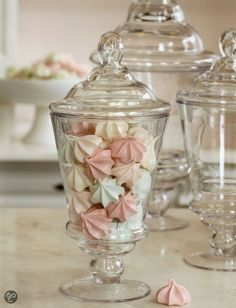 Schuimkoekjes! Boutique baking, Peggy Porschen #Candy #Pretty