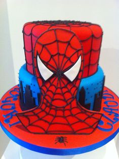 Spiderman Cake Ideas for Little Super Heroes - Novelty Birthday Cakes Spiderman Birthday Cake, Superhero Spiderman, Novelty Birthday Cakes, Novelty Cakes, 3rd Birthday Parties, Boy Birthday, Birthday Ideas, Superman Party, Cake Decorations