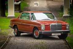 mercedes w114 | mercedes-w114-coupe-43