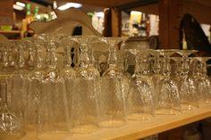 #verres #brocante #vaisselleancienne Chez Breizh Debarras, brocante dans les Cotes d'Armor Antique Dishes