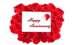Auguri anniversario matrimonio: frasi per tutti - Ecco una serie di frasi perfette per augurare un buon anniversario di matrimonio a vostra moglie o vostro marito ma anche ad una coppia di amici: da adattare ad ogni situazione.