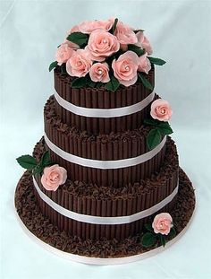 pretty weddings cake at my blog www.inwhite.nl