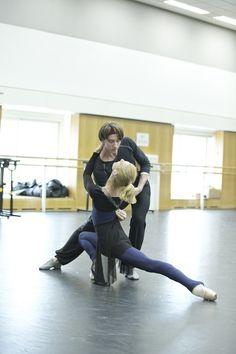 Zenaida Yanowsky and Vadim Muntagirov in rehearsal for Kenneth MacMillan's The Invitation, The Royal Ballet Season 2015/16