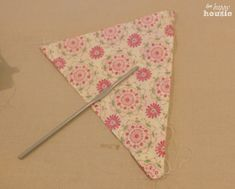 How to Sew a Double Sided Pennant Bunting Banner at The Happy Housie turn inside out
