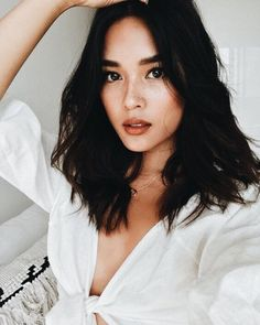 nice looks! I think I will cut my hair to this length after the wedding. Weather is nice looks! I think I will cut my hair to this length after the wedding. Trendy Haircuts, Haircuts For Long Hair, Cool Hairstyles, Holiday Hairstyles, Black Hairstyles, Long Brunette Hairstyles, Mid Haircuts, Natural Hairstyles, Summer Hairstyles