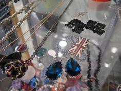nice Look Of The Week : Middleton Jewellery Collection Jewelry Collection, How To Look Better, Christmas Bulbs, Jewellery, Cool Stuff, Nice, Holiday Decor, Jewels, Schmuck