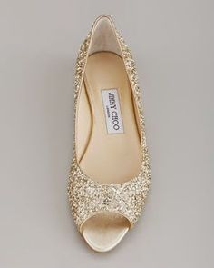 Flat Wedding Shoes: Tips When Looking for Both Comfort and Style | Read more: http://simpleweddingstuff.blogspot.com/2015/05/flat-wedding-shoes-tips-when-looking.html