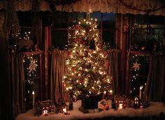 Primitive Heart-Decorating Ideas & more: Christmas Around the Farmhouse Kitchen Cottage Christmas, Prim Christmas, Christmas Kitchen, Country Christmas, Winter Christmas, All Things Christmas, Christmas Trees, Christmas Thoughts, Christmas Displays