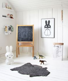 black and white scandinavian style bedroom for kids