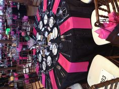 Bold pink and black table setting www.thecottonroomdurham.com