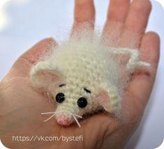PDF Мышонок амигуруми #схемыамигуруми #амигуруми  #вязаныеигрушки #amigurumipattern #amigurumi #crochetmouse #crochetpattern #amigurumitoy #amigurumimouse #вязанаямышь Crochet Animal Patterns, Crochet Animals, Crochet Mouse, Cute Toys, Amigurumi Toys, Crochet Accessories, Stuffed Toys Patterns, Baby Toys, Crochet Projects