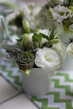 Green & White Wedding #costaricawedding // Photo By: http://katherinestinnett.com