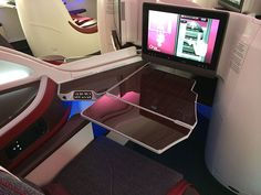 Step inside Qatar Airways\' Airbus A380 for a look at the Gulf carrier\'s new first class and business class cabin, the inflight bar and even the bathrooms. Qatar\'s first A380 will beginflights...