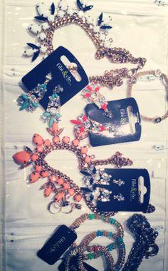 http://fibiandclo.com/rosepolicastro , fibi & clo independent fashion agent