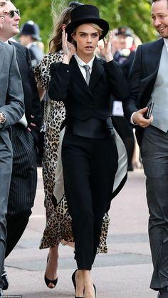 Cara Delevingne for Princess Eugenie wedding Vogue Paris, Fashion Socks, Fashion Outfits, Eugenie Wedding, Cara Delevingne Style, Outfits Damen, Androgynous Fashion, Mode Outfits, Look Fashion