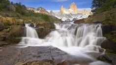 夏にはパタゴニアの川で急流 河川 自然 高解像度で壁紙