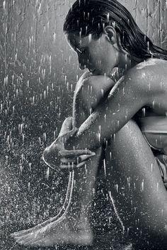 Pimenta no teu...é refresco!: Overdose de Gisele na Vogue de Maio