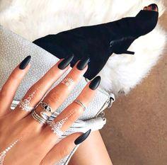 Nails Long Oval Black