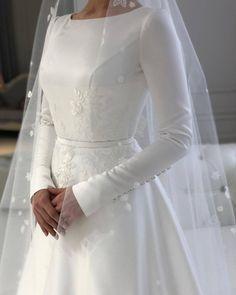 Muslimah Wedding Dress, Muslim Wedding Dresses, Stunning Wedding Dresses, Wedding Dress Sleeves, Bridal Wedding Dresses, Dream Wedding Dresses, Beautiful Dresses, Boho Wedding, Vintage Dresses