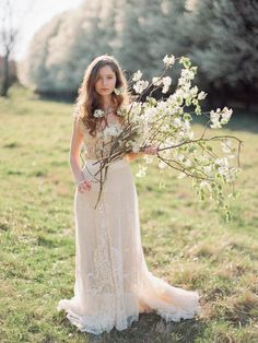 Effortless Spring Bridal Session   Wedding Sparrow   Love by Serena