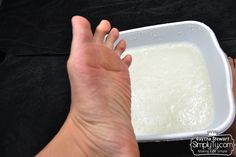 A different Listerine and vinegar foot soak