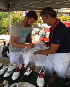 Cristian Panucci  allo stand Raimondi   Fondazione Vialli & Mauro ⛳️🏌🏌️♀️👞  #Raimondi #raimondigolfshoes #golf #shoes #golfshoes #italianstyle #handmadeinitaly #italy #originali #madeinitaly #fondazionevialliemauro #insiemeperlasla #golfcup