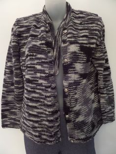 """SWEATERS Women's Sweaters Size-L ?  20""""x22""""x20"""" Gray Button Down Very Good!  #Sweaters #Cardigan"""