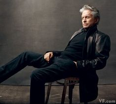 Annie Leibovitz - Michael Douglas in New York City, April 2010 - Vanity Fair - Douglas is determined to get fatherhood right with his and Catherine Zeta-Jones's young son and daughter. Annie Leibovitz Portraits, Annie Leibovitz Photography, Foto Portrait, Portrait Studio, Men Portrait, Business Portrait, Anne Leibovitz, Photography Poses For Men, Newborn Photography