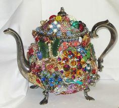 VINTAGE Silver-plated TEAPOT Vintage RHINESTONE Flower Brooch