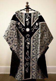 """affcath: """" Celebrant chasuble from a set of vestments for the Dominican Rite Requiem Mass """" Priest Outfit, Inktober, Africa Fashion, Textiles, Cool Eyes, Mixed Media Art, High Fashion, Celebrities, How To Wear"""