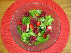 Kääpiölinnan köökissä: Where Im rolling, never never knowing Kinds Of Salad, Guacamole, Salsa, Rolls, Mexican, Ethnic Recipes, Green, Food, Buns