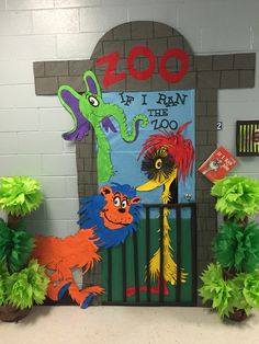 Dr Seuss Classroom Door The Zoo 54 Ideas Dr. Seuss, Dr Seuss Week, Circus Theme Classroom, Classroom Door, Future Classroom, Dr Seuss Crafts, Zoo Crafts, Dr Seuss Bulletin Board, Dr Seuss Activities