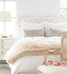 El tapizado capitoné es sinónimo de elegancia y sofisticación. En el dormitorio, un cabecero capitoné es el aliado perfecto.