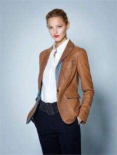 Giorgio Armani's F/W Capsule Classique Capsule Outfits, Fall Outfits, Street Trends, Smart Outfit, Japanese Denim, Stitch Fix Outfits, Leather Blazer, Dress For Success, Fashion 2017