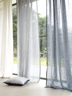 43 Ispiring Home Curtain Design Ideas. Contemporary curtains are available in a variety of unique curtain designs which play an important part in influencing contemporary home decorating concepts. Natural Curtains, Sheer Linen Curtains, Drapes Curtains, Velvet Curtains, Drapery, Hanging Curtains, Blackout Curtains, Grey Living Room Curtains, Blue Grey Curtains