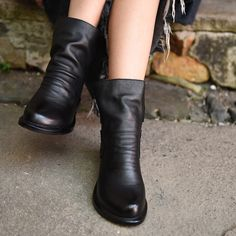 Cheap leather pvc, Buy Quality boots hand directly from China leather red boots Suppliers: 2016 autumn new national personality women boots calf leather retro simple height increasing comfortable ankle boots black 5212