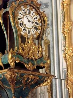 delphes:    Hi There Versailles
