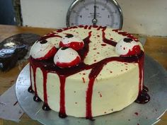 """When I think of """"Halloween"""" the first thing in my head isn't """"yummy cakes"""". But Halloween does bring out the creativity in folks. Halloween Drinks, Halloween Goodies, Halloween Cakes, Halloween Treats, Halloween Fun, Holidays Halloween, Zombie Themed Party, Zombie Birthday, Halloween Birthday"""